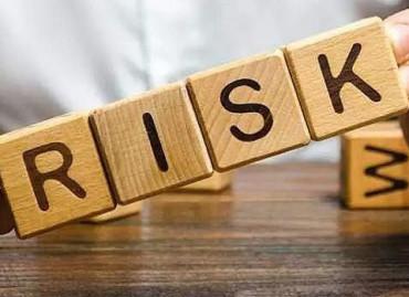 Риск-менеджмент в гемблинге: как регуляторы и операторы азартных игр управляют рисками
